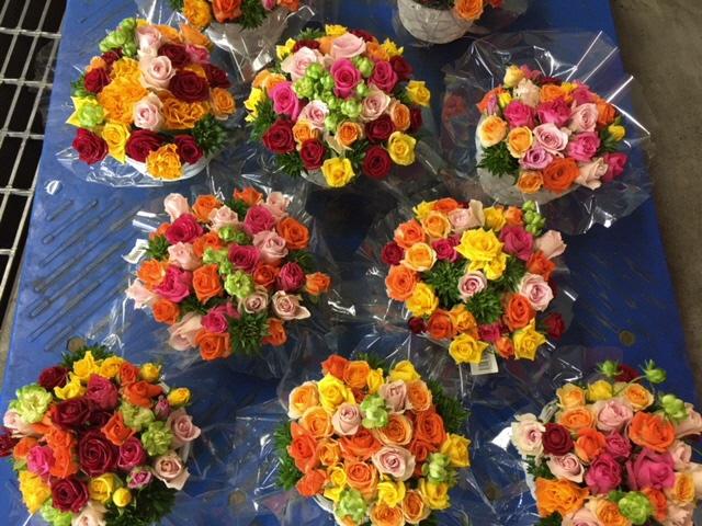 彩り鮮やか!!「バラのアレンジメント」の画像
